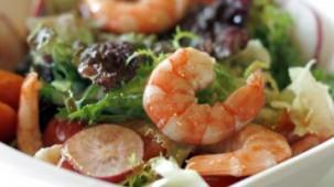 Bunter Shrimps-Salat