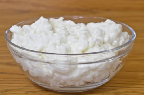 cottage-cheese-with-eggs-and-milk_fJ00iwK_500_332_