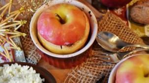 Bratapfel mit Hüttenkäse